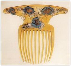 René Lalique   Art Nouveau Hair Comb.