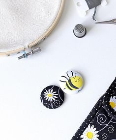 Bee daisy two needle minders and small travel organizer for | Etsy