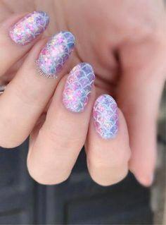 Mermaid – iridescent – mermaid nails – mermaid scales – flakies – nails – nail a… – Nails art Unicorn Nail Art, Mermaid Nail Art, Mermaid Nail Polish, Fancy Nails, Cute Nails, Nail Art For Kids, Kid Nail Art, Sea Nails, Nail Effects