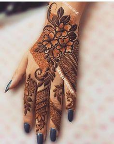 Latest Simple Mehndi Designs, Kashee's Mehndi Designs, Floral Henna Designs, Finger Henna Designs, Latest Bridal Mehndi Designs, Mehndi Design Photos, Mehndi Designs For Fingers, Beautiful Mehndi Design, Mehndi Desing