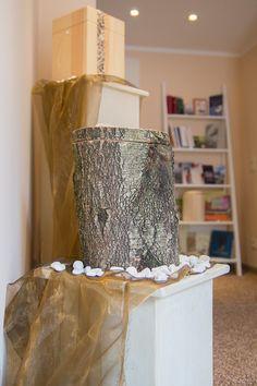 Ökologische und komplett biologisch abbaubare Baumurne in unserem Bestattungsinstitut