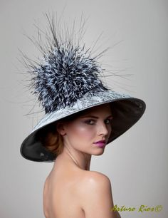 Hat WOW!