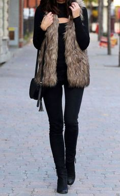 Women winter outfits to copy in 2019 i think each woman and girl gets impressed not solely by the catwalks and magazines. Wever from the good outfit Winter Outfits Women, Winter Fashion Outfits, Fall Outfits, Autumn Fashion, Casual Outfits, Fashion Clothes, Winter Vest Outfits, Winter Clothes Women, Couple Outfits