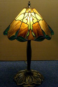 Google Image Result for http://www.deansstainedglass.com/lauras_luna_moth_lamp001005.jpg