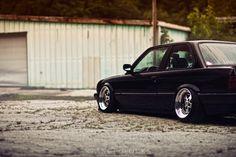 BMW E30 3 series black slammed by Stanceworks