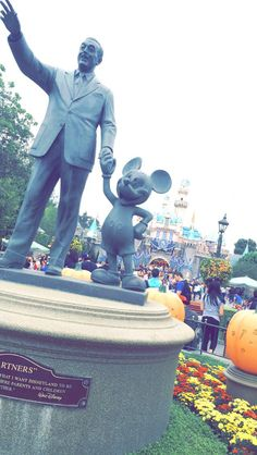 """""""That's the real trouble with the world, too many people grow up"""" ✨Walt Disney ✨✨✨▪️Clarissa ▪️"""