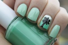 Green nail polish  @ http://www.miascollection.com ✿