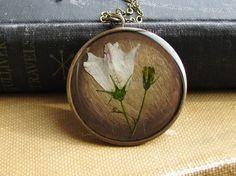 Dried flower pendant
