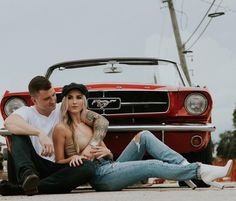Engagement photo shoot with a 1965 Ford Mustang Convertible from Revvies Classic. - Engagement photo shoot with a 1965 Ford Mustang Convertible from Revvies Classic. Engagement photo shoot with a 1965 Ford Mustang Convertible from Revvies Classic - Couple Photoshoot Poses, Couple Photography Poses, Couple Posing, Couple Shoot, Wedding Photography, 3008 Peugeot, Peugeot 206, Car Engagement Photos, Country Engagement