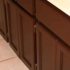 How to Paint Cabinets Using Rustoleum Cabinet Transformations