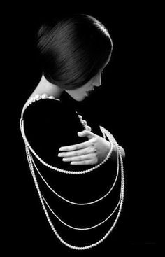 ☾ Midnight Dreams ☽  dreamy & dramatic black and white photography - night and pearls