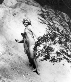 Jean Harlow in Griffith Park, Los Angeles, 1929.