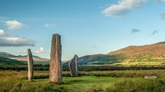 Discover Scotland's regions, cities & some of the country's most famous destinations, plus travel times from London, Ireland, major UK cities & Europe.