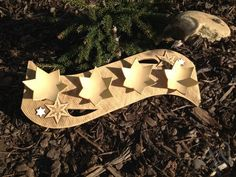 Klikem zav?ete obr��zek Biscuit, Ceramic Light, Hannukah, Menorah, Palm Beach Sandals, Clay Projects, Christmas Diy, Candle Holders, Pottery