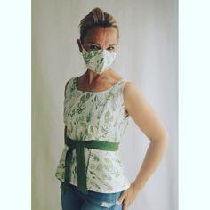 In diesen Zeiten ist es gut, wenn man die passende Maske zum Outfit hat Schneider, Peplum, Outfit, Shopping, Tops, Women, Fashion, Products, Outfits
