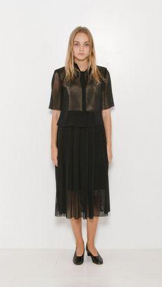 Samuji Gidion Skirt in Black | The Dreslyn