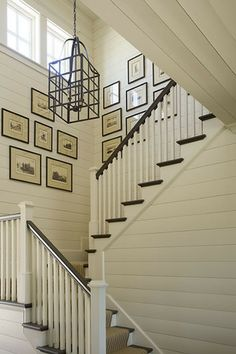 love the contrast railings