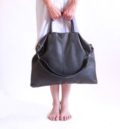 Grey Leather Over Size Tote Bag / Dark Gray Shoulder Bag / Travel Bag / Vacation Cross Body Leather Bag / Weekend Bag  / Every Day Bag