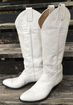 Vintage Larry Mahan White Leather Cowboy Boots Wedding 9B VGC FREE SHIPPING! in Clothing, Shoes & Accessories, Women's Shoes, Boots | eBay