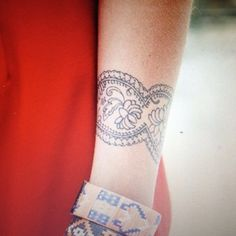 arm tattoo -- lace band