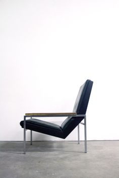 Rob Parry; Chromed Metal, Leather and Wood 'Lotus' Chair for Gelderland, c1960.