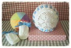 bonnet baby Baby Bonnets, Lana, Baby Shoes, Kids, Ideas, Blue Nails, Velvet, Ribbons, Bebe
