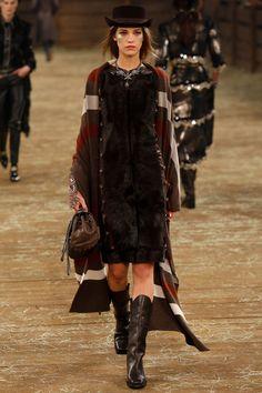 Chanel Métiers d'art 2014 #ChanelDallas Visit espritdegabrielle.com   L'héritage de Coco Chanel #espritdegabrielle