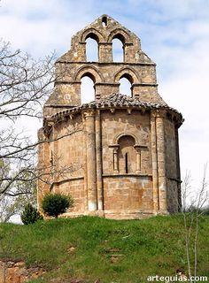 Hermitage of San Facundo/Los Barrios de Bureba - Castile and León, Spain Romanesque Art, Romanesque Architecture, Sacred Architecture, Church Architecture, Historical Architecture, Ancient Buildings, Abandoned Buildings, Architecture Romane, Architecture Religieuse