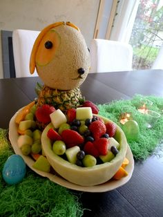 Adorable lop-eared bunny centerpiece made entirely of fruit from dangerpuss.wordpress.com. #Easter