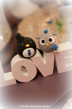 Love owl and penguin MochiEgg wedding cake topper