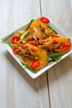 Creveti picanti chinezesti - Din secretele bucătăriei chinezești Spicy Shrimp, Thai Red Curry, Seafood, Fish, Chicken, Meat, Ethnic Recipes, Cooking Ideas, Chinese