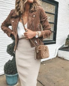 20 Edgy Fashion Outfits Forever Look Young - Fashion Trend 2019 20 Edgy Fashion Outfits Forever Look Young - Fashion Trend 2019 , 20 Edgy Fashion Outfits to look Forever Young - Fashion Trend 2019 , Style / outfits. Young Fashion, Look Fashion, Winter Fashion, Womens Fashion, Fashion Ideas, Ladies Fashion, Feminine Fashion, Edgy Fashion Style, Fashion Images