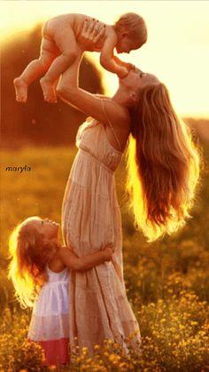 """maria reye bonilla: Google+ - ♥••*´¨`*•.☆• Bella representación del amor """"Madre he…"""