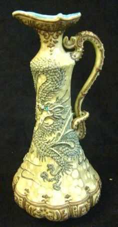 Vase, Hands and Painted porcelain on Pinterest