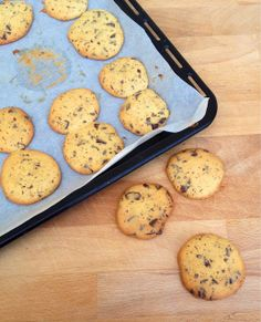 [Limited Edition]: Biscoitos com pedaços de chocolate.