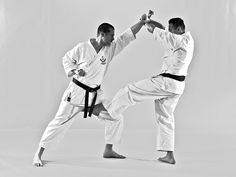 Juji Uke Ippon Kumite - Tsugi Ashi Kingeri