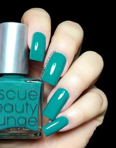R29   Rescue Beauty Lounge collection swatches and review!  Sunny Skies is a gorgeous seafoam green creme.