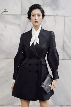 Women S Fashion Questions Fashion Details, Look Fashion, New Fashion, High Fashion, Womens Fashion, Fashion Design, Fashion Fall, Haute Couture Style, Mode Steampunk
