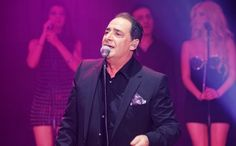 Βασίλης Καρράς: Με απείλησαν με οπλοπολυβόλο για να τραγουδήσω! Concert, Singers, Greek, Blog, Recital, Singer, Greek Language, Concerts