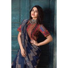 South Indian Actresses in Saree - 27 Beautiful look in Saree - Tikli - India's Leading Fashion and Beauty Magazine Saree Blouse Patterns, Saree Blouse Designs, Dress Patterns, Blouse Back Neck Designs, Bengali Saree, Indian Sarees, Kerala Saree, Indian Attire, Indian Outfits