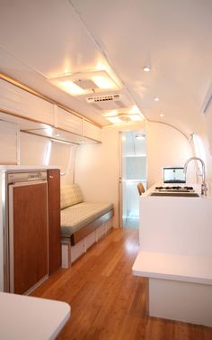 Airstream's pushing 40. It looks as fit and trim as a teenager. A midlife makeover has blessed this 27-foot Tradewind with an age-defying renovation.