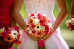 gerber daisy and rose bouquet