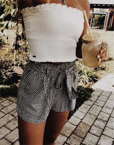 6b07c57fde7 pinterest ≫ ISABELLA GRACE ( izzygrace21) instagram ≫ isabella.stecky  Vacation Outfits