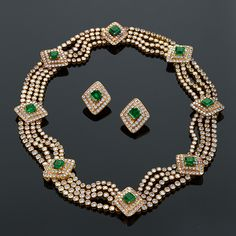 Late 20th Century Diamond, Emerald and Gold Necklace and Earring Suite
