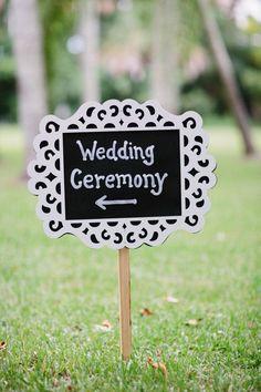 krijtboard wedding sign