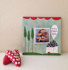 noodle and lou studio: displaying little photos
