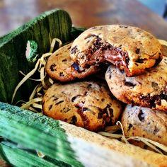 cookies - farinha de arroz, fecula de batata, farinha amendoas, chocolate, acucar, ovo, oleo coco, fermento, creme de avelas