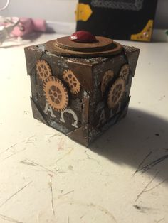 comparison of pandoras box and eve Essay on the similarities of native lands in the searchers and avatar 814  words | 4 pages  comparing and contrasting eve and pandora 863 words | 4 .