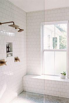 Op zoek naar badkamer inspiratie? Klik hier en kom binnenkijken in deze prachtige badkamer!