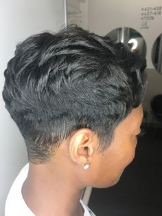 Quick Hairstyles For Work is part of Hairstyles For Work Quick And Easy Hairstyles You Can Do - No hair spray Short Relaxed Hairstyles, Easy Hairstyles, Woman Hairstyles, Vintage Hairstyles, Straight Hairstyles, Short Sassy Hair, Short Hair Cuts, Natural Hair Cuts, Natural Hair Styles
